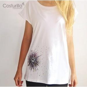 camiseta blanca mar