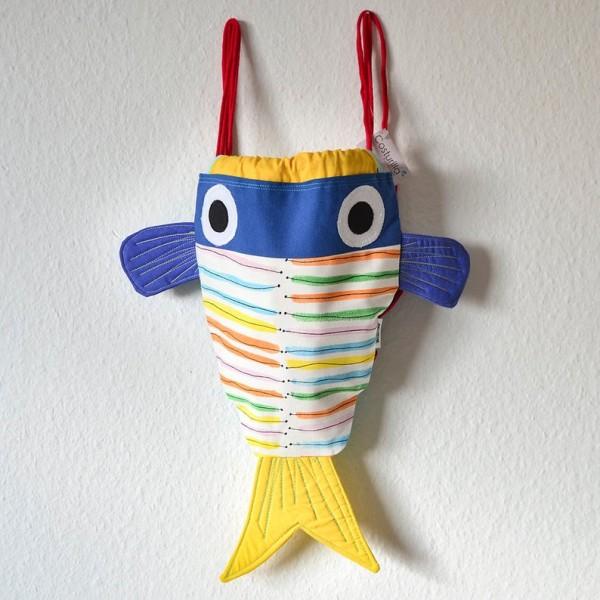 mochila pez azul y amarilla