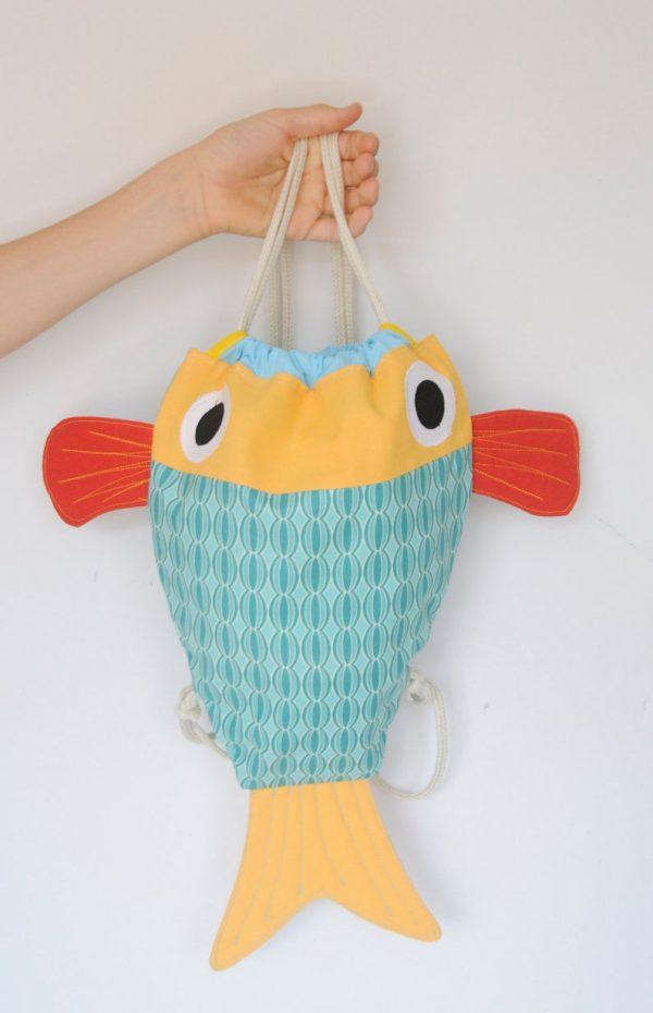 mochila de pez chicharro costurilla