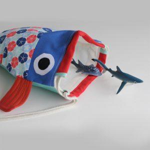 Mochila para locos por los tiburones y los peces