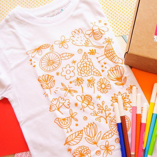 Camiseta para colorear de flores y abejas